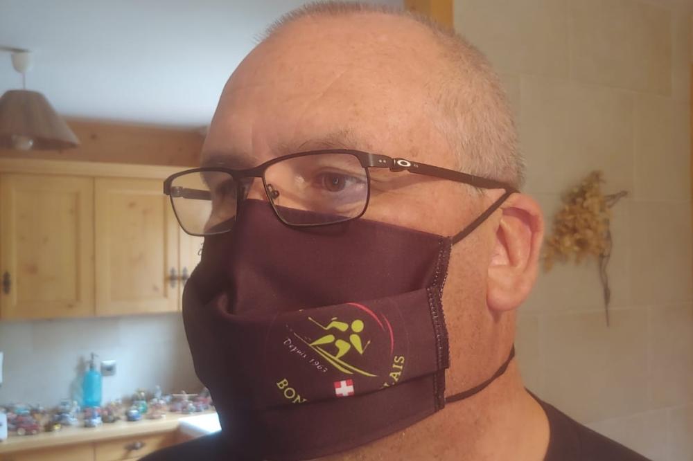 Nouveau masque du ski club